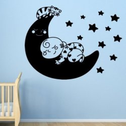 Bebé y Gato en la Luna