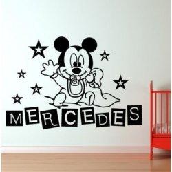 Mickey Mouse en Pañales