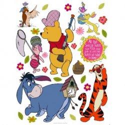 Winnie The Pooh y amigos van al campo