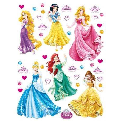 Princesas Disney y corazones