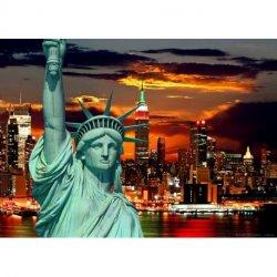 Estatua de la Libertad sobre New York