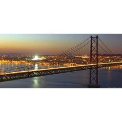 Gran Puente Colgante Nocturno