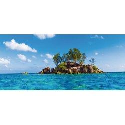 Pequeña Isla en Mitad del Océano