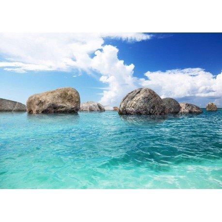 Rocas en Mar Turquesa