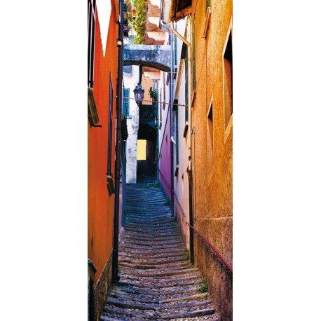 Pequeña Calle Colorida con Encanto