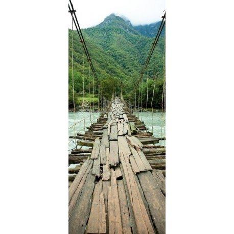 Viejo Puente Colgante sobre el Río