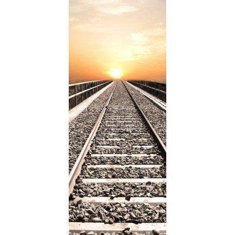 Vías del Tren al Atardecer