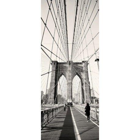 Paseo en Blanco y Negro por el Puente