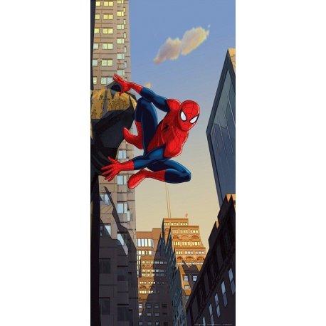 Spiderman Vigilando desde los Rascacielos