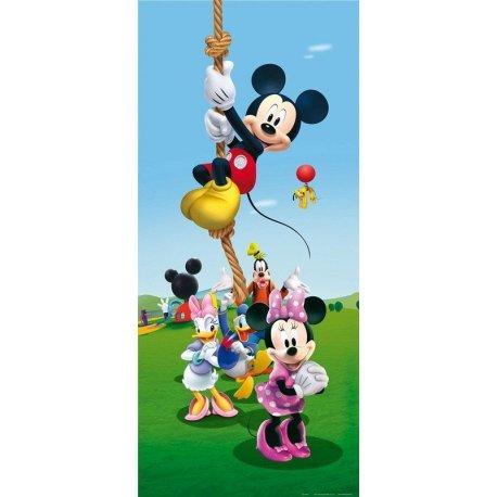 Mickey Mouse sube la Cuerda