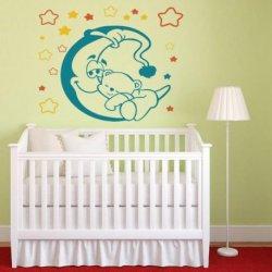 El Oso Bebé sobre la Luna