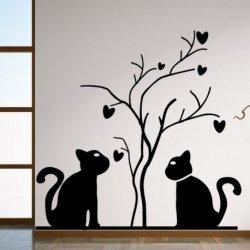 Gatitos y el Árbol del Amor